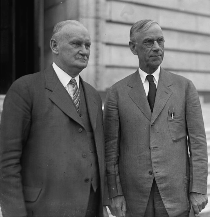 smoot_and_hawley_standing_together_april_11_1929
